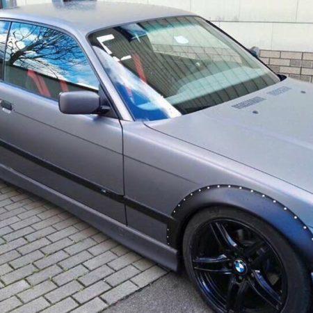 BMW E36 Fender Flares Radlaufverbreiterungen GFK